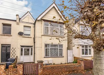 2 bed maisonette for sale in Southdown Road, London SW20