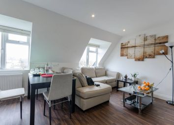 Thumbnail 2 bedroom flat for sale in Roding Road, Loughton