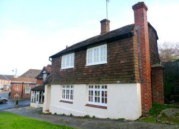 Thumbnail 3 bedroom cottage to rent in High Street, Billingshurst