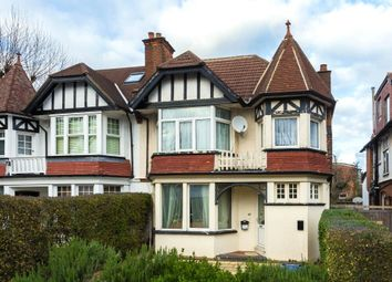 4 bed property for sale in Arden Road, Finchley N3