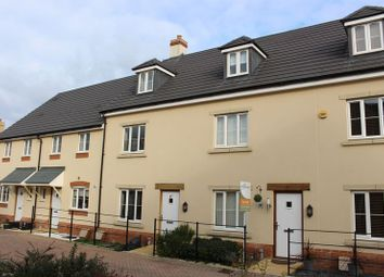 Thumbnail 3 bed town house for sale in Station Road, Calne