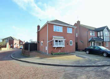 Thumbnail 3 bedroom detached house for sale in Beaumont Close, Colchester, Essex