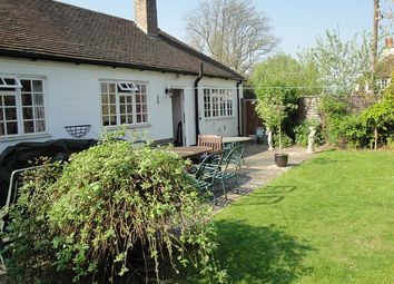 Thumbnail 2 bed property to rent in Loxwood, Billingshurst