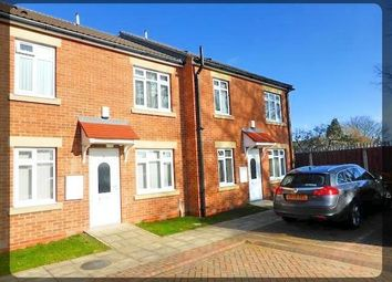 Thumbnail 2 bed flat to rent in Penshurst Mews, Penshurst Avenue, Hessle