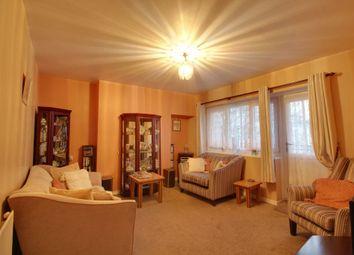 3 bed flat for sale in Barnfield Road, London SE18