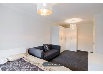 Thumbnail Room to rent in Fyfield Road, Enfield