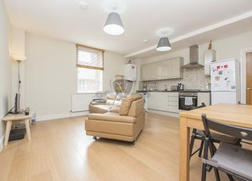 Thumbnail 3 bed flat to rent in Eastwood Close, South Woodford
