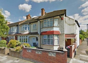 Thumbnail Studio to rent in Glennie Road, West Norwood, London