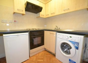 1 bed flat to rent in Premier Parade, High Street, Horley RH6