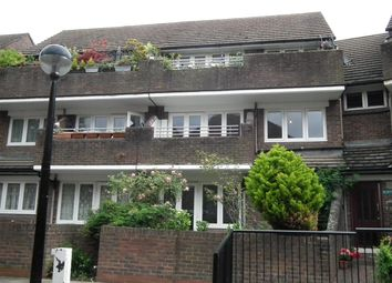 Thumbnail 1 bed flat to rent in Cressfield Close, London