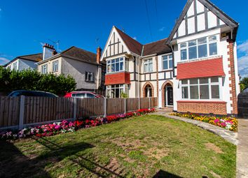 Southbourne Grove, Westcliff-On-Sea SS0. 5 bed semi-detached house