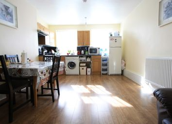 Thumbnail 3 bedroom flat to rent in St. James Road, Croydon