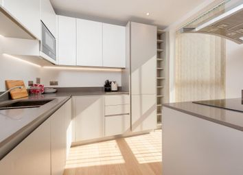 Thumbnail 2 bedroom flat to rent in Stockwell Park Walk, London