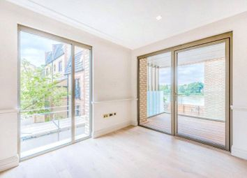Queens Wharf, Crisp Road, Hammersmith W6. 2 bed flat for sale