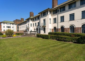 The Pantiles, Finchley Road, Temple Fortune NW11. 2 bed flat for sale
