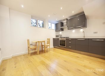 1 bed property to rent in Accommodation Road, Golders Green NW11