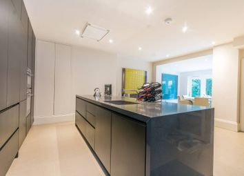 Thumbnail 2 bed flat for sale in Castellain Road, Maida Vale