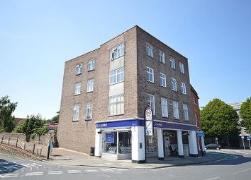 Thumbnail 2 bed flat to rent in Northgate, Chichester