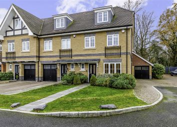 White Lodge Close, Tadworth KT20. 3 bed mews house for sale