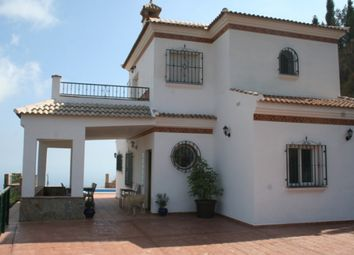 Thumbnail 3 bed villa for sale in Arenas, Malaga, Spain