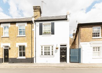 Park Road, Hampton Wick KT1. 3 bed terraced house for sale