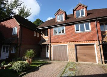 Thumbnail 3 bed property to rent in Worsfold Close, Potters Lane, Send