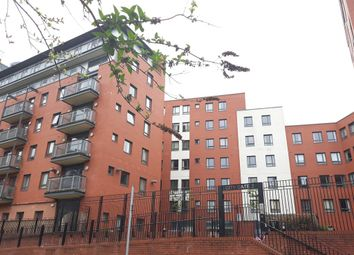 2 bed flat to rent in City Gate 3, Blantyre Street, Manchester M15