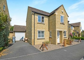 Thumbnail 3 bed detached house for sale in Willow Drive, Carterton