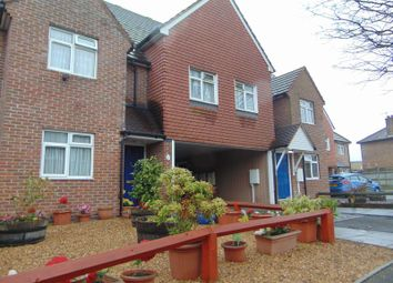 Thumbnail 1 bed flat to rent in Tonstall Road, Epsom