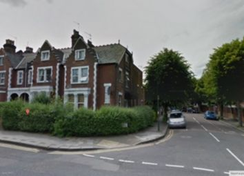 Thumbnail Studio to rent in Walm Lane, Willesden