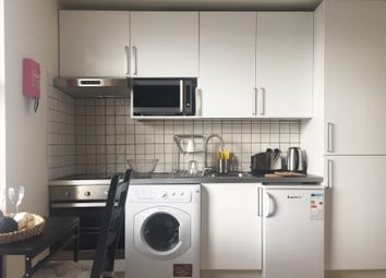 Thumbnail Studio to rent in Hereford Road, Bayswater, Queensway