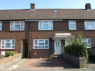 Thumbnail 3 bed terraced house to rent in Pirton Road, Luton