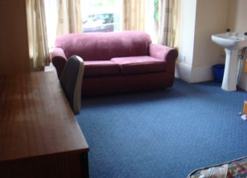 Thumbnail 7 bedroom property to rent in Mauldeth Road, Withington, Manchester