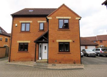 Thumbnail 6 bedroom detached house for sale in Evesham Way, Oakhill, Milton Keynes