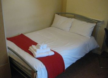 Thumbnail 5 bedroom shared accommodation to rent in Hobson Road, Selly Park, West Midlands