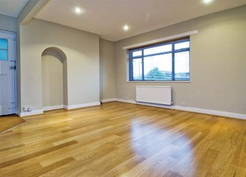 Thumbnail 4 bed flat to rent in Finchley Road, Hampstead Garden Suburb