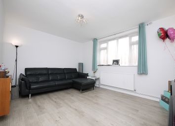 Thumbnail 2 bed flat to rent in Claybury Broadway, Ilford, Essex.