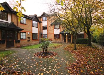 Thumbnail 1 bedroom flat to rent in Manor Vale, Manor House, Brentford