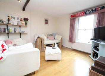 Thumbnail 2 bed flat to rent in Thoroughfare, Woodbridge