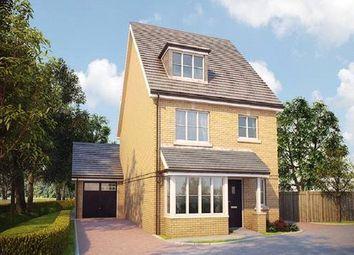 Thumbnail 4 bed detached house for sale in Bagshot Road, Knaphill, Surrey GU212Rn