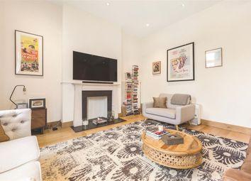 Thumbnail 2 bed flat to rent in Egerton Gardens, London
