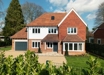 Thumbnail 5 bedroom detached house for sale in Russell Close, Walton On The Hill
