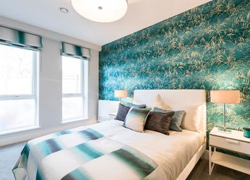 Thumbnail 3 bed flat for sale in Scotland Green, London