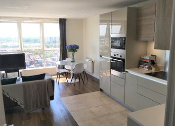 Thumbnail 2 bed flat to rent in Palmerston Road, Acton