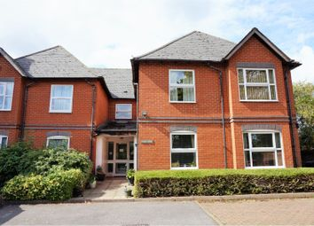 Thumbnail 1 bed flat for sale in 10 Coley Avenue, Reading