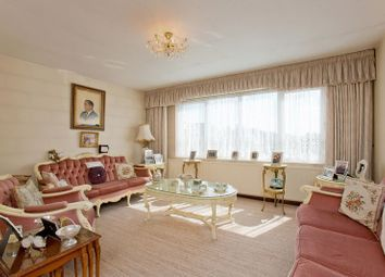 Thumbnail 2 bed flat for sale in Bridge Lane, Golders Green