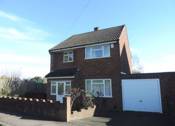 4 bed property to rent in Northway, Guildford GU2