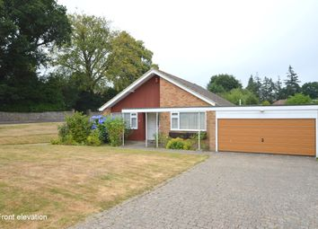 Thumbnail 3 bed detached bungalow to rent in Knowle Drive, Copthorne, Crawley, West Sussex