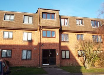 Thumbnail 1 bed flat to rent in The Drive, Slough
