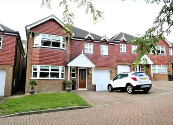 Rossington Close, Eastbourne, East Sussex BN21. 4 bed detached house